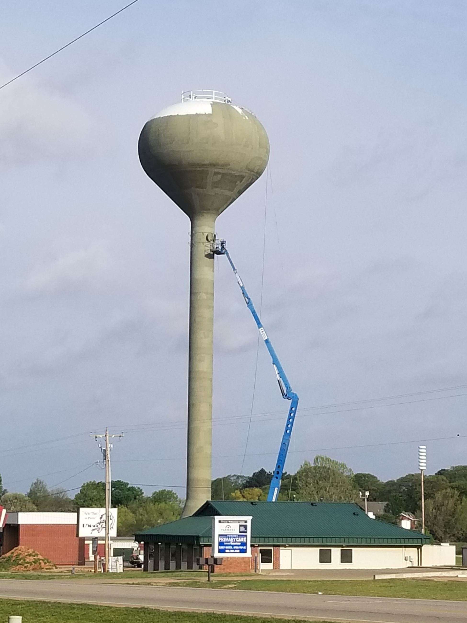 Highway 33 Water Tower Construction 5-2-201